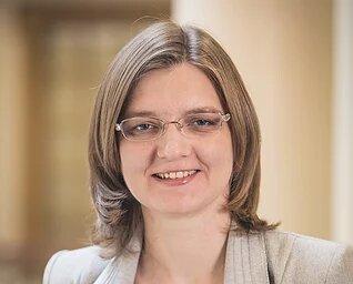 Д-р Ольга Запорожець